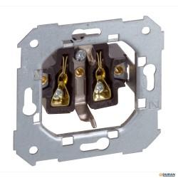 S75- Mecanismo base enchufe 16A 250V